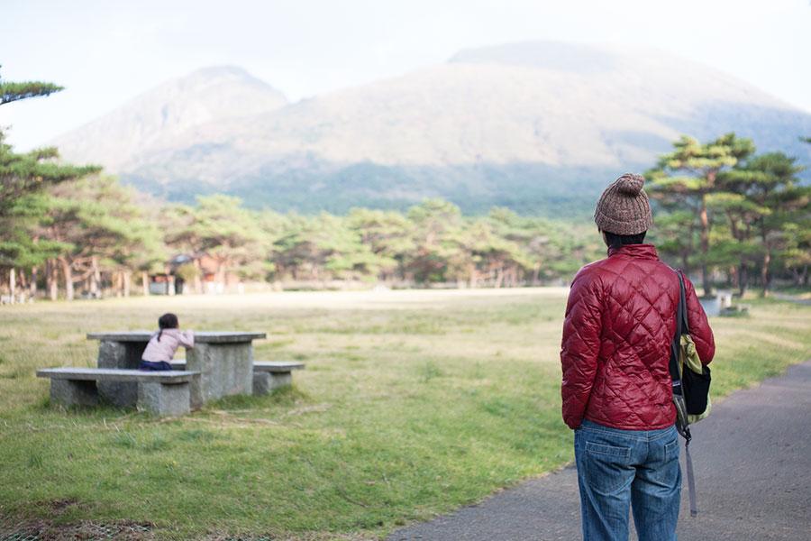 えびの高原から望む霧島山