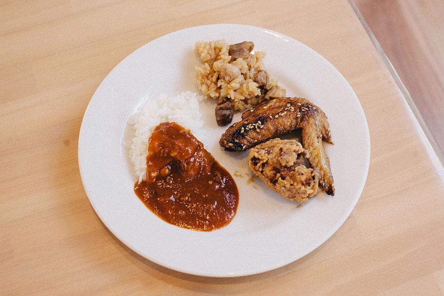 カレーと鶏料理たち