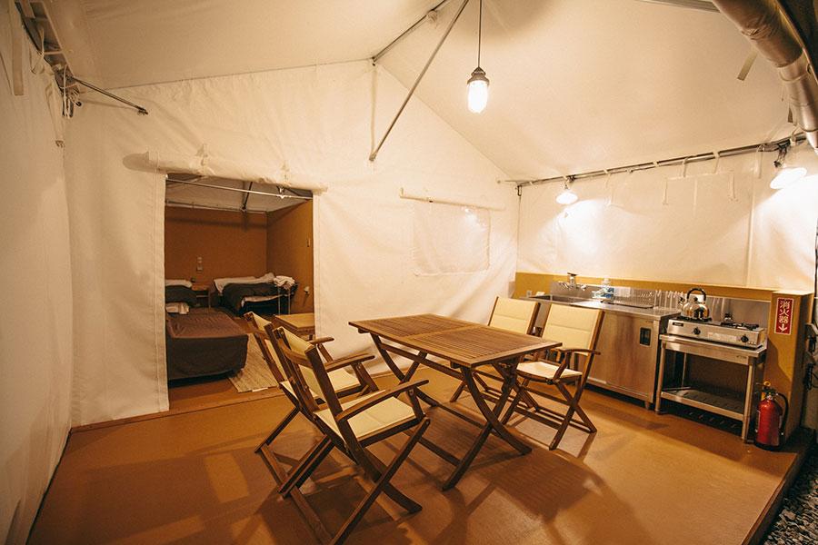 グラマラスなキャンプスタイル