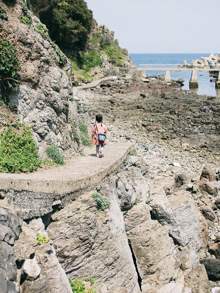 海食崖の遊歩道