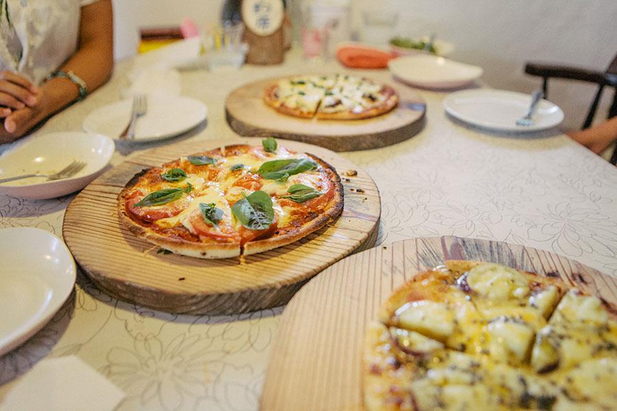 三種類のピザ